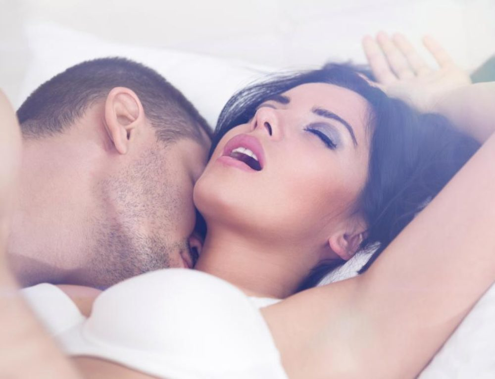 9 Incredibly Simple Things Guys Want During Sex